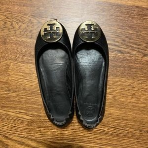 Tory Burch Minnie Black Gold Flats 5.5